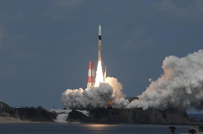Hayabusa 2 Seglar Mot Asteroid 1999 JU3
