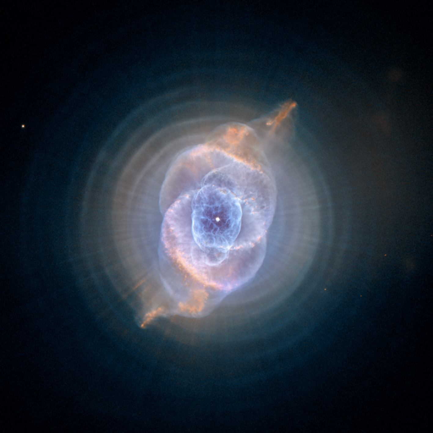 Cat Eye Nebula // Kattöga Nebulosan