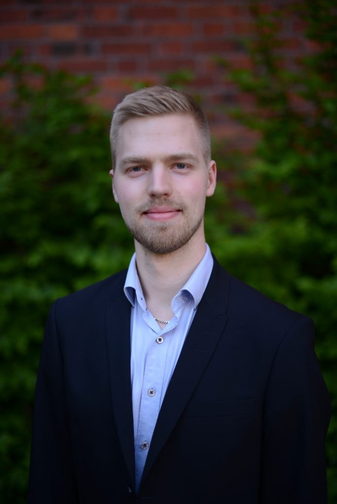 Måns Holmberg